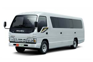 isuzu-elf-long-sewa-mobil-bus-murah-di-bali-bali-auto-car-rental